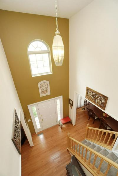 12120 CRESTFIELD CT, Symmes Twp, OH 45249 - Photo 2