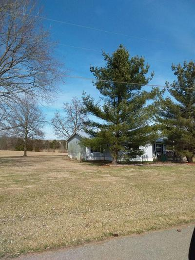 370 BLOOM DR, Liberty Twp, OH 45693 - Photo 2