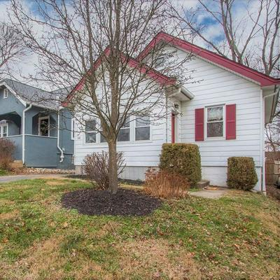 36 W CHARLOTTE AVE, Wyoming, OH 45215 - Photo 1