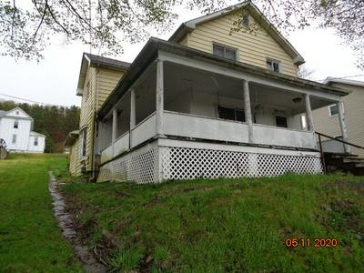 816 E MAIN ST, Reynoldsville, PA 15851 - Photo 1