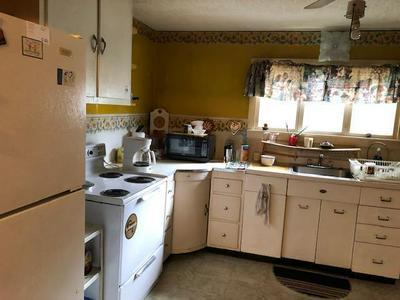 509 NORTH ST, Curwensville, PA 16833 - Photo 2
