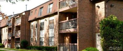 82 GOLDEN SQ # C, Woodbridge Proper, NJ 07095 - Photo 1