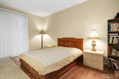 5131 BEECH CT, South Brunswick, NJ 08852 - Photo 2