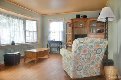 109 LORRAINE AVE, Middlesex Boro, NJ 08846 - Photo 2