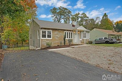 594 MOUNTAIN VIEW TER, Middlesex Boro, NJ 08846 - Photo 2