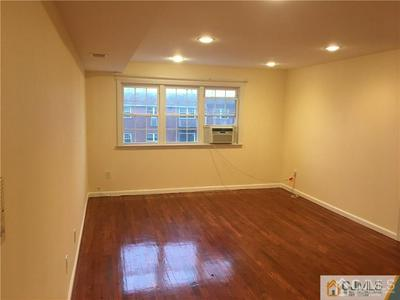 285 COLLEGE DR # 285, Edison, NJ 08817 - Photo 2