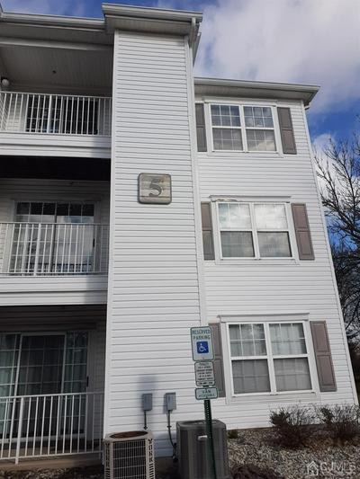 518 WATERFORD DR # 518, Edison, NJ 08817 - Photo 1