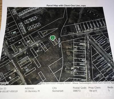 16 BERKELY PL, Franklin, NJ 08873 - Photo 2