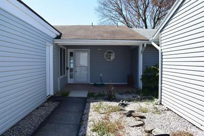 115 CHATHAM DRIVE B, Monroe Township, NJ 08831 - Photo 2