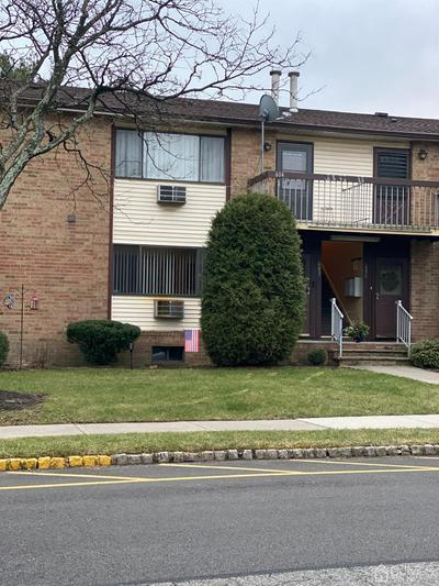 604 CRICKET LN # 604, Woodbridge Proper, NJ 07095 - Photo 1