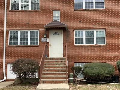 344 COLLEGE DR, Edison, NJ 08817 - Photo 1