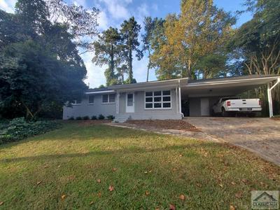 135 PINEVIEW DR, Athens, GA 30606 - Photo 2