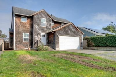 1374 9TH AVE, SEASIDE, OR 97138 - Photo 1