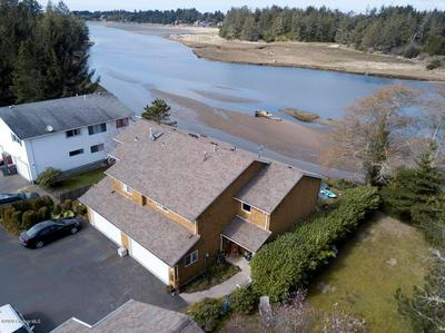 2543 QUEEN ST, SEASIDE, OR 97138 - Photo 2