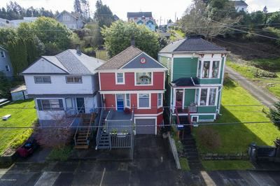1513 IRVING AVE, ASTORIA, OR 97103 - Photo 2