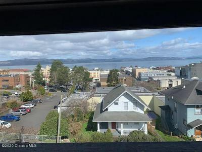 959 FRANKLIN AVE, ASTORIA, OR 97103 - Photo 2
