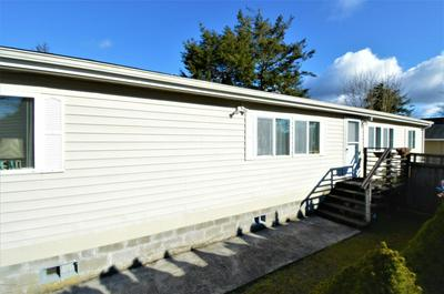 801 14TH AVE, Seaside, OR 97138 - Photo 2