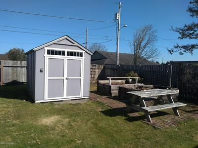 940 4TH AVE, Seaside, OR 97138 - Photo 2