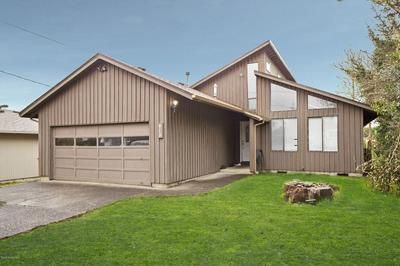 915 13TH AVE, SEASIDE, OR 97138 - Photo 1