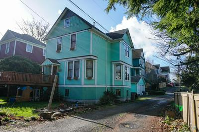 501 38TH ST, ASTORIA, OR 97103 - Photo 2