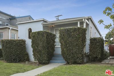 11813 GATEWAY BLVD, Los Angeles, CA 90064 - Photo 1