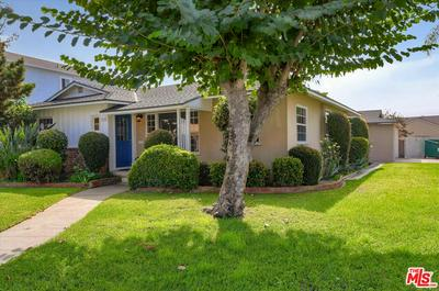8600 CHARLOMA DR, Downey, CA 90240 - Photo 2
