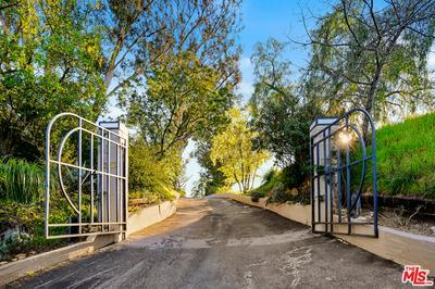 2601 SUMMITRIDGE DR, Beverly Hills, CA 90210 - Photo 2
