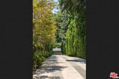 9425 SUNSET BLVD, Beverly Hills, CA 90210 - Photo 2