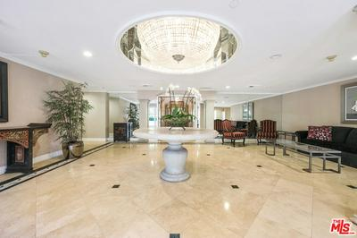 430 N OAKHURST DR UNIT 204, Beverly Hills, CA 90210 - Photo 2