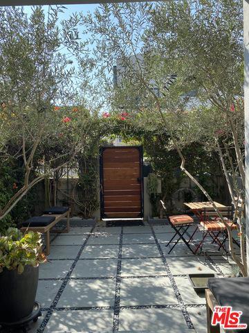 17 DRIFTWOOD ST # 1A, Marina Del Rey, CA 90292 - Photo 2
