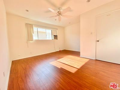 1446 S CANFIELD AVE APT 8, LOS ANGELES, CA 90035 - Photo 1
