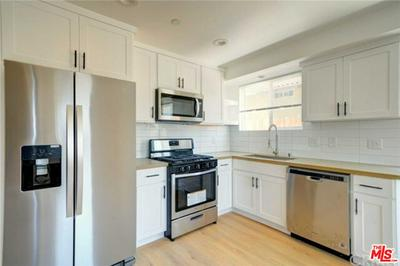 965 S LORENA ST, LOS ANGELES, CA 90023 - Photo 2