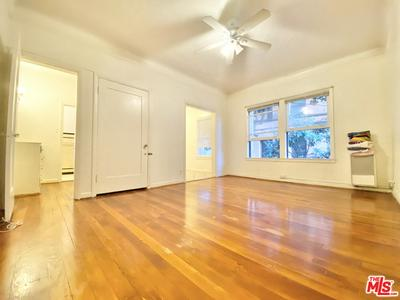 608 S DUNSMUIR AVE APT 205, LOS ANGELES, CA 90036 - Photo 1