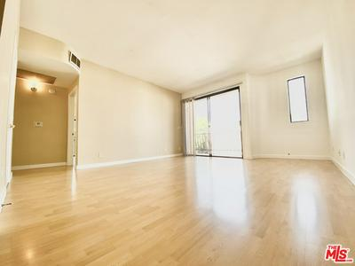 350 N OAKHURST DR APT 302, BEVERLY HILLS, CA 90210 - Photo 2