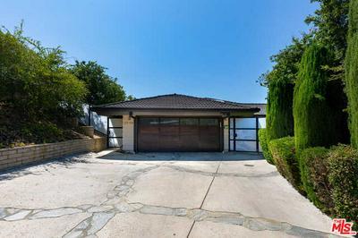 3759 WHITESPEAK DR, Sherman Oaks, CA 91403 - Photo 2