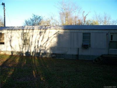 1714 WATERFALLS DR, Lincolnton, NC 28092 - Photo 1