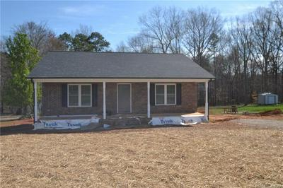 3024 STARTOWN RD, Newton, NC 28658 - Photo 2