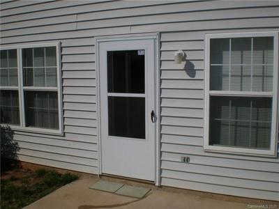 153 SPRINGWOOD LN, Mooresville, NC 28117 - Photo 2