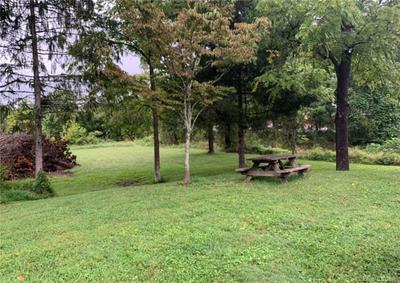 000 HUNTERS GLEN LANE, Hendersonville, NC 28792 - Photo 2