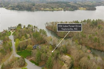 324 LAKE FOREST DR, TAYLORSVILLE, NC 28681 - Photo 2