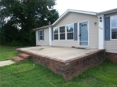 1007 W CABANISS RD, Shelby, NC 28150 - Photo 2