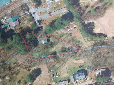 275 MEADOW VIEW LN, Hendersonville, NC 28739 - Photo 1