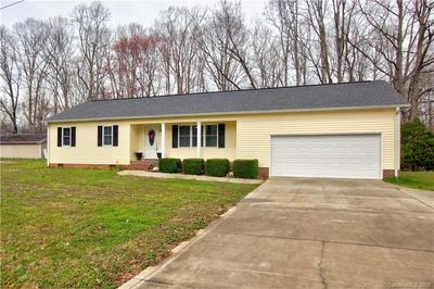 136 CARLYLE RD, TROUTMAN, NC 28166 - Photo 2