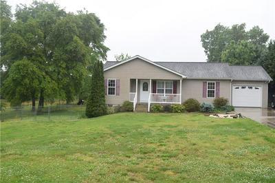 52 GLADE CREEK DR, Taylorsville, NC 28681 - Photo 1