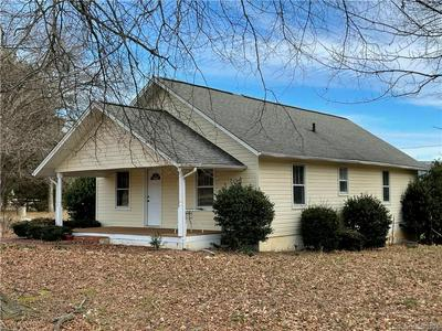 451 CEDAR WOODS RD, Taylorsville, NC 28681 - Photo 1
