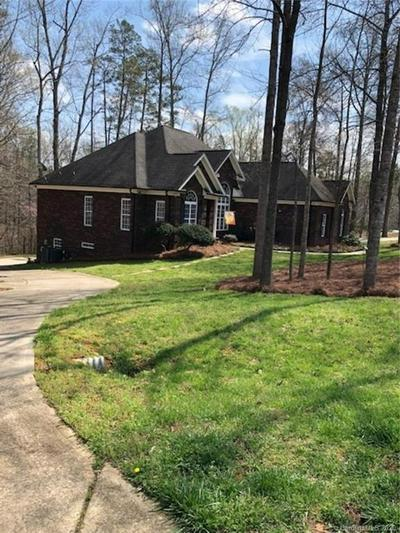 8026 BROOKGREEN DRIVE, MINT HILL, NC 28227 - Photo 2