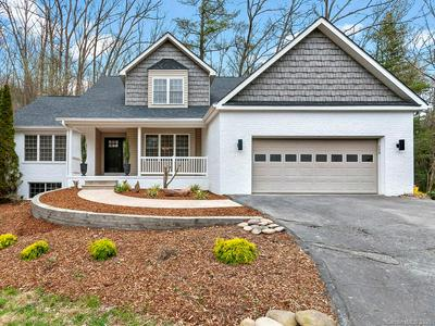 322 SWEETWATER HILLS DR, HENDERSONVILLE, NC 28791 - Photo 1