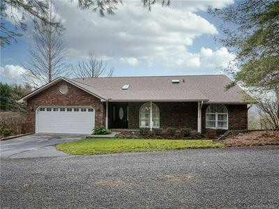 156 CIRCLE TOP DR, Hendersonville, NC 28739 - Photo 1