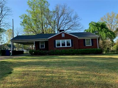 129 13TH NW AVENUE, Hickory, NC 28601 - Photo 1