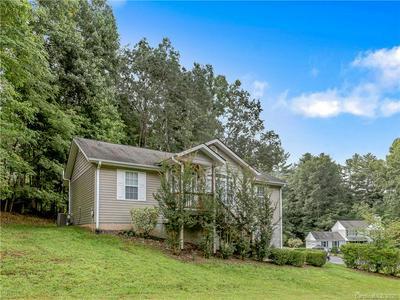 103 BROOKTREE CIR, Hendersonville, NC 28739 - Photo 2